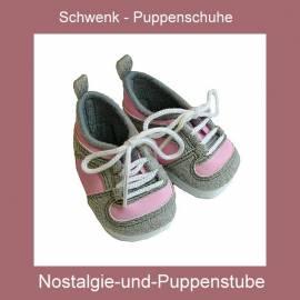 Schwenk Puppenschuhe, Sportschuhe, grau-rosa für Puppen mit ca.7 cm langen Füßen, für 45-50 cm Puppe - Bild vergrößern