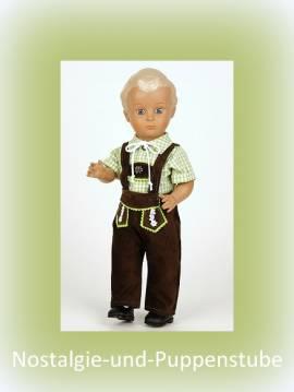 Schildkröt Hans 41 cm, in Trachtenkleidung mit echter Lederhose u. grün-kariertem Hemd - Bild vergrößern