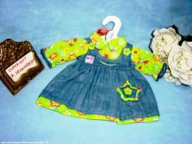 Heless Puppenkleidung, Jeans Kleid mit grüner Bluse für 35 cm - 45 cm Puppen - Bild vergrößern